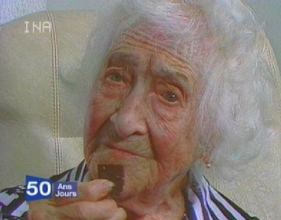 picture of Jeanne Calment eating chocolate